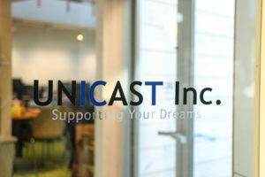 unicastロゴ