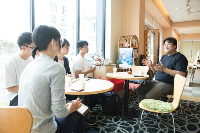 成島 成島さん 旅する冊子 取材インターン